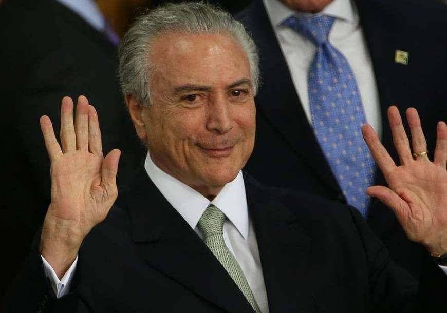 Temer diz que escreveu nota de Bolsonaro