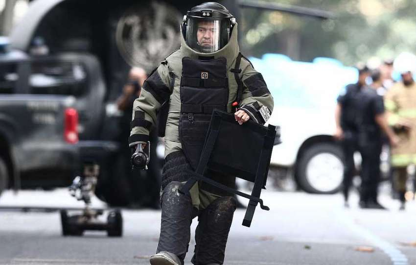 PF aciona esquadrão antibomba