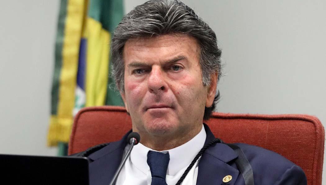 Ministros pedem reação imediata de presidente do STF