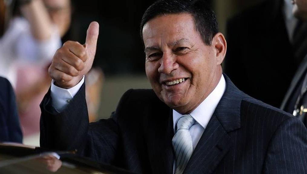Centrão garante Mourão em caso de impeachment