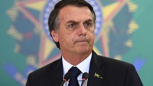 Bolsonaro dá ataque com fracasso no 7/9
