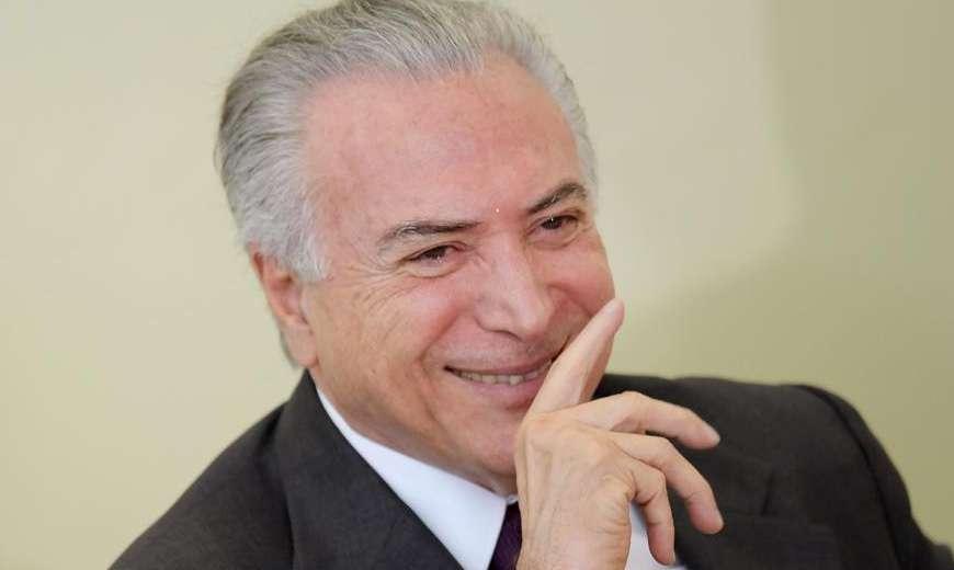 Humorista debocha de Bolsonaro