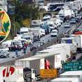 Caminhoneiros marcam greve, mas governo Bolsonaro dobra aposta
