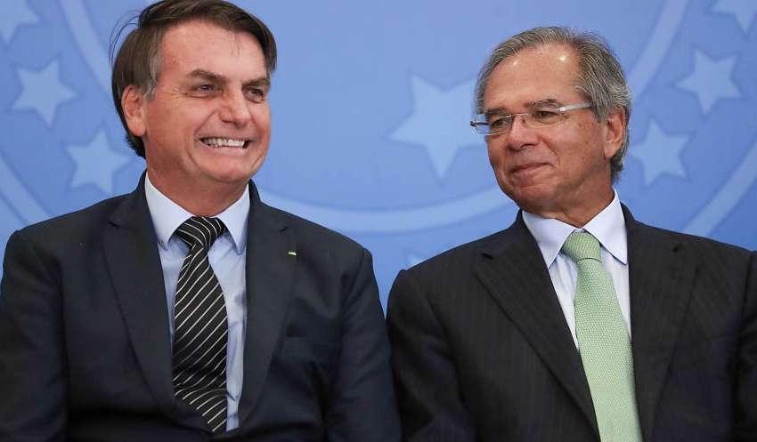 Bolsonaro banca Paulo Guedes na Economia