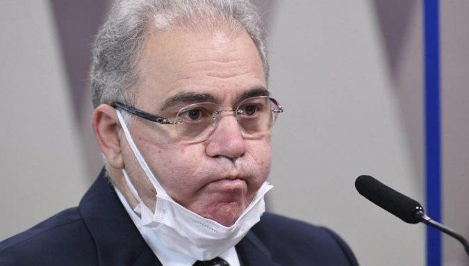 Ministro da Saúde contra uso de máscara